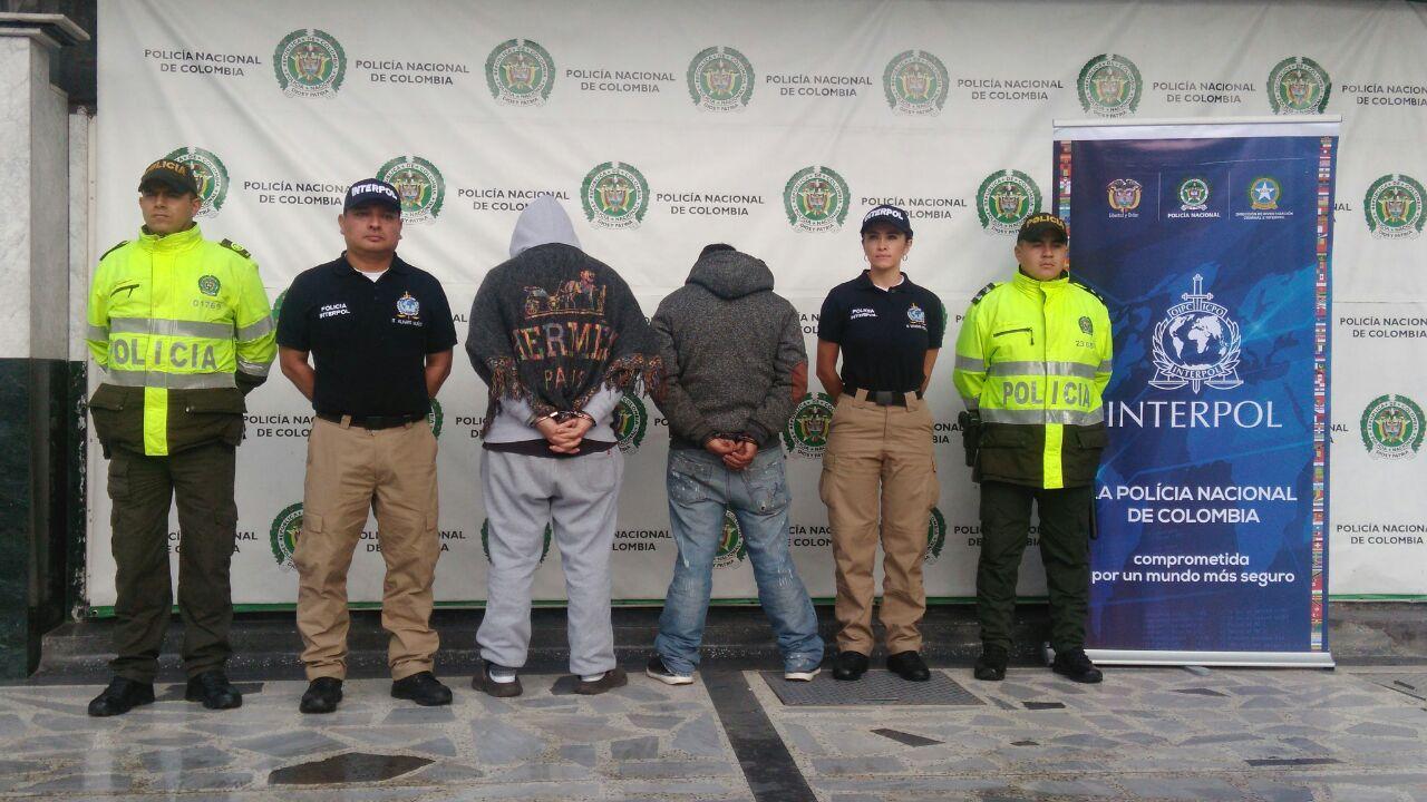 Operativos en bogot permitieron la captura de cinco for Oficina policia nacional
