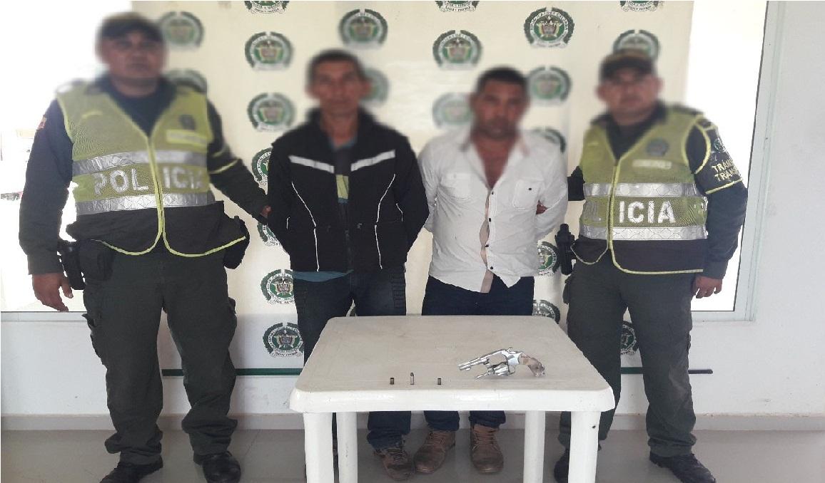 Arreciados controles en v as del magdalena polic a for Oficinas santander granada