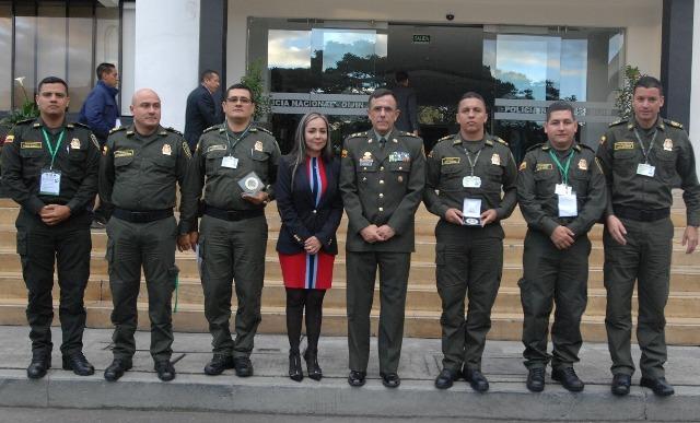 Frente de seguridad empresarial de la polic a metropolitana de pereira recibi reconocimiento - Oficina policia nacional ...