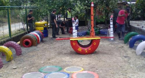 Polic a de santander construyo parque infantil ambiental - Como hacer un parque infantil ...