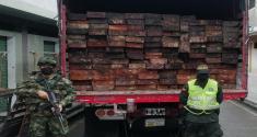Policía-incauta-madera-en-municipio-de-Unión-Panamericana