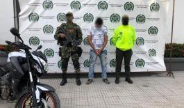El sujeto era buscado por cuatro delitos y sería el responsable de la comisión de 11 homicidios perpetrados en la subregión de urabá, en los últimos dos años