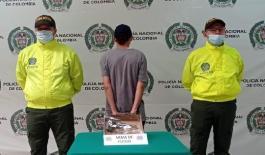 Capturado hombre en la ciudad de Armenia portando un arma de fuego ilegal