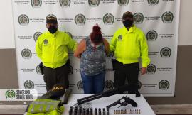 Capturada alias 'la gorda' con armas de fuego en el municipio de Bello