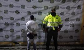 Policías capturan a implicado en hurto
