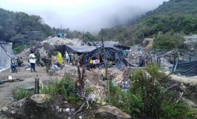 En la vereda Toche zona rural de la capital tolimense logramos la captura de 11 personas en flagrancia.